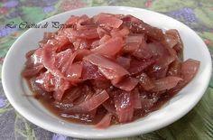 Le cipolle rosse di Tropea al marsala, ottime come contorno o su bruschette di pane