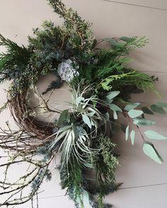 eothen_ Felt Wreath, Twig Wreath, Yarn Wreaths, Floral Wreaths, Burlap Wreaths, Ribbon Wreaths, Tulle Wreath, Wreath Fall, Summer Wreath