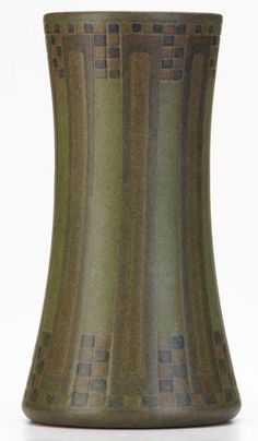"""Marblehead Pottery (1904-1936) - Corseted Vase. Made & Decorated by Arthur Baggs. Matte Glazed & Incised Pottery. 8-1/2"""" x 4-1/2""""."""