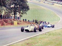 Bruce McLaren su McLaren GP Gran Bretagna 1966