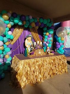 backdrop at recital for pictures- photo booth ideas Jasmin Party, Princess Jasmine Party, Disney Princess Party, Princess Birthday, Aladdin Birthday Party, Aladdin Party, 6th Birthday Parties, 1st Birthday Girls, Balloon Decorations Party
