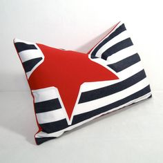 Nautical inspired Sunbrella Pillow in red white and blue! #NauticalPillows #mazizmuse