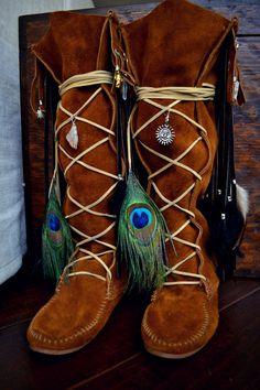 Size 7 /// NAHIMANA MYSTIC /// Upcycled Embellished Vintage Moccasin Fringe Boot on Etsy, $295.00