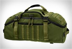 DOPPELDUFFEL Adventure Bag - I have the slightly smaller (carry-on approved) version of the Maxpedition bag–the Fliegurduffel. Real Madrid, Best Bug Out Bag, Barcelona, Convertible Backpack, Backpack Straps, Tactical Gear, Tactical Clothing, Tactical Backpack, Duffel Bag
