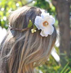 Flower Crown, Bridal Crown, Wedding Headpiece, Flower Halo, Bohemian Hair, Woodland Hair. $35.00, via Etsy.