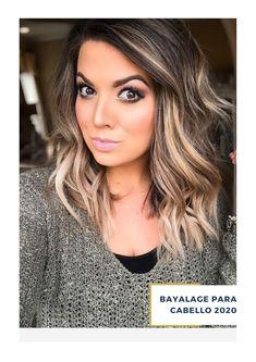 ¿Buscas un estilo padre de bayalage para tu cabello? haz tu cita en el salón de Belleza ArteMásBelleza.  Conoce más de nuestros servicios de salón de belleza en nuestro sitio web. #SalóndeBelleza #BayalageparaPelo #ArteMásBelleza #BayalageparaCabello #LasArboledas Bayalage, Pixie, Hair Colors, Hair Beauty, Long Hair Styles, Honey Colored Hair, Hair Coloring, Hair, Clear Skin