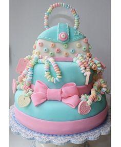 Girly Cake: 50 Elaborate Birthday Cakes - mom.me