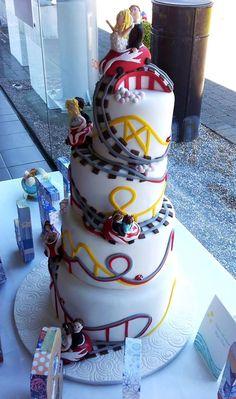The Roller Coaster Wedding Cake!