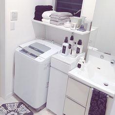 3838さんの、脱衣所収納棚,洗濯機リメイク,洗濯機上の棚,脱衣所収納,シンプル,洗濯機周り,洗濯機まわり,洗剤ボトル,洗剤置き場,白黒,グレー,整理整頓中,IKEA,フランフラン,アンティーク風,ZARA HOME,Francfranc,カメラマークを消したくて,白のチカラ,収納,洗面所,洗面所 収納,モノトーン,ホワイトインテリア,BONBONHOME,タオル収納,タオル,洗濯機,脱衣所,収納棚,たなDIY,ダマスク柄,自作ラベル,バス/トイレ,のお部屋写真