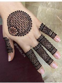 Circle Mehndi Designs, Finger Henna Designs, Henna Tattoo Designs Simple, Latest Bridal Mehndi Designs, Full Hand Mehndi Designs, Stylish Mehndi Designs, Mehndi Designs For Beginners, Mehndi Design Photos, Wedding Mehndi Designs
