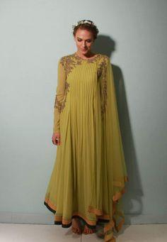 Ridhi Mehra Info & Review   Bridal & Trousseau Designers in Delhi   Wedmegood