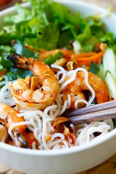 Vietnamese BBQ Shrimp Vermicelli or Bun Tom Heo Nuong is a delicious and healthy noodle dish with shrimp and lots of vegetables, served with a sauce | rasamalaysia.com