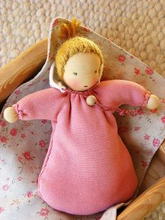 Waldorf doll 8 inch/ 20 cm baggy sack doll by Puppula on Etsy Waldorf Crafts, Waldorf Toys, Wool Dolls, Fabric Dolls, Natural Toys, Toy 2, New Dolls, Crochet Dolls, Handicraft