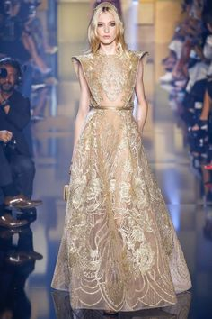 Elie Saab Fall 2015 Couture Fashion Show - Zlata Semenko