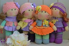 muñecas vestidas Dolls