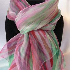 "Echarpe foulard en mousseline de soie peint main rouge et vert ""harmonie"""