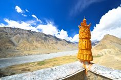 #Adventure Trips: Book a trip to the Amazing Ladakh at Rs. 32,500 only (8 nights | 9 days). For more details, CLICK https://www.makeyoutravel.com/kashmir-lehladakh-8nights-9days-2stars-130.aspx