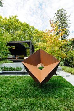 Sculpture The Muse. Melbourne 2014