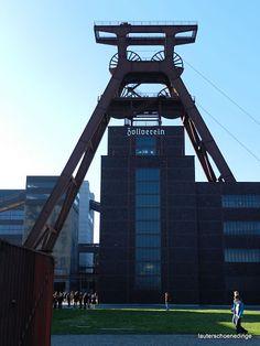 Zeche Zollverein - Weltkulturerbe - in Essen Utility Pole, Skyscraper, Multi Story Building, Album, Places, Life Is Beautiful, Culture, World, Vacation