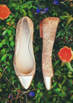 gold dipped toed flats. yes please