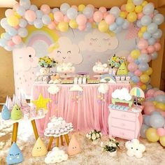 Has a delicate and fun party with the theme rain blessing. Check out everything you need to know about and 40 models of beautiful and inspiring holidays! Rainbow Birthday Party, Rainbow Theme, Baby Girl Birthday, Unicorn Birthday, 1st Birthday Parties, Birthday Ideas, Birthday Party Decorations, Baby Shower Decorations, Rain Baby Showers