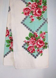 Vintage Cotton Floral Square Tablecloth Cottage Retro Linens Home Decor 49 x 49