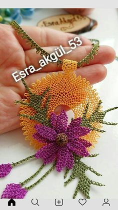 This Pin was discovered by Şav Embroidery Stitches, Embroidery Patterns, Hand Embroidery, Bead Jewellery, Beaded Jewelry, Hobbies And Crafts, Diy And Crafts, Passementerie, Crochet Art