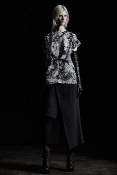 Alexandre Plokhov Fall 2015 Ready-to-Wear Fashion Show Fall Fashion Week, Autumn Winter Fashion, Fashion Show, Fashion Design, Fall Winter, Art Conceptual, Ribbed Knit Dress, Knit Fashion, Ready To Wear