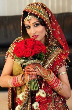www.sameepam.com  Indian makeup, indian bride, destination wedding,bride, red lips,smokey eyes,weddings, indian weddings  www.bellaformakeup.com