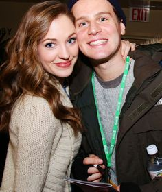 Laura Osnes - hair color
