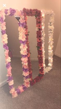 mirror covered in flowers follow pinterest: @diaamonds_world