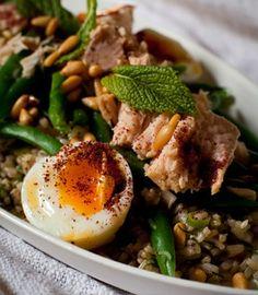 Tuna, brown rice, egg & green bean salad with sumac | Karen Martini