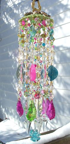 Spring Confetti Antique Crystal Wind Chime, Love it-can visualize prisms of light shining through Crystal Wind Chimes, Glass Wind Chimes, Diy Wind Chimes, Mobiles, Suncatchers, Yard Art, Lampwork Beads, Creative, Krystal