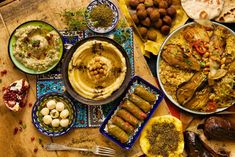 9 Palestinian food recipes you absolutely have to try! 🇵🇸 🇵🇸 🇵🇸 - The Muslim Vibe Comida Israeli, Israeli Food, Middle Eastern Dishes, Middle Eastern Recipes, Palestine Food, Appetizer Recipes, Snack Recipes, Dessert Recipes, Appetizers
