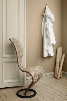 Room painted in neutral colours to create a calm space. Beige toned Nordic home.