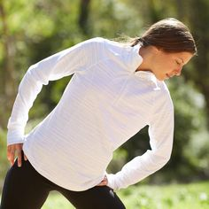 Easy and Essential Postrun Stretches: Running outside might just be the fittest gift Spring weather brings, but cooling down at the park can present some obstacles.