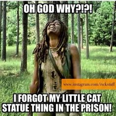 Michonne's too-damn-gorgeous cat statue.