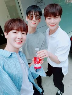 Sanha, Eunwoo, Moonbin ASTRO 2018