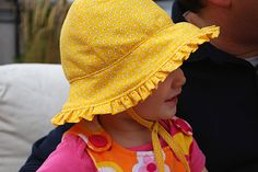 Baby sunhat hat with ruffles and ties free sewing pattern and DIY tutorial @merrimentdesign