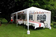 A beautiful intimate wedding in a back garden