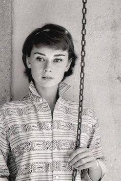 A 1955 photo of Audrey Hepburn by Milton Greene