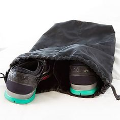 ab9e538921 Keep your shoes organized in this separate nylon drawstring shoe bag The  extra divider in the