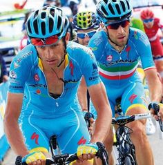 In honor of Michele Scarponi Astana races the Giro with one rider short.A beautiful gesture