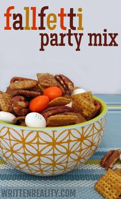 Fallfetti Party Mix the perfect mix of salty & sweet! {writtenreality.com}
