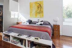 6 estilos para decorar tu cuarto  Una alternativa al clásico pie de cama puede ser un mueble como el que se ve en la foto. Es muy práctico porque ofrece buen espacio de guardado.         Foto:Archivo LIVING