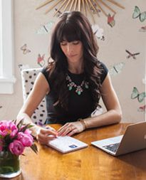 Caitlin Wilson | Blogger and homestyle store owner.