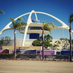 The iconic Theme Building at #LAX...all I saw of LA during my quick #samedayroundtrip visit - Jaunti Travel