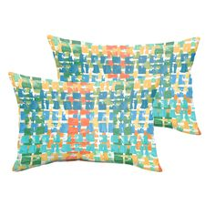 This pillow adds exceptional comfort and dramatic style to your patio, living room, family room, or your favorite seat. Features stain and fade resistant fabric trimmed with knife edging.
