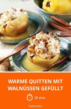 Warm quinces filled with walnuts - Quitten-Rezepte - Fruit Fruit Recipes, Gourmet Recipes, New Recipes, Chicken Recipes, Quince Fruit, Muffins, Eat Smarter, Different Recipes, Christmas Treats