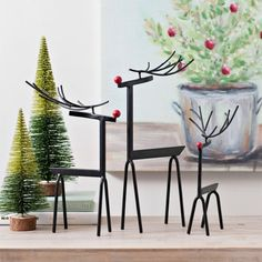 Brighten your home with cheerful Christmas home decor from Kirkland's. Our indoor Christmas decorations will help your space feel festive in no time! Metal Projects, Metal Crafts, Diy Arts And Crafts, Fun Crafts, Diy Projects, Welding Art, Welding Ideas, Indoor Christmas Decorations, Scrap Metal Art